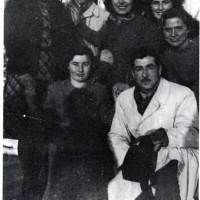 Un gruppo di confinati ebrei a Mezzani