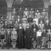 Foto di classe della 5°A dell'Istituto La Salle di Parma, anno scolastico 1942-1943. Luciano Fano è il quinto da sinistra nella prima fila