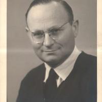 Fotografia di Spritzman nel dopoguerra. Archivio istituto storico della Resistenza e dell'età contemporanea di Parma, Fondo privato Samuel Spritzman