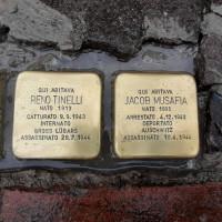 Cerimonia della posa della pietra