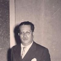 Mario Vigevani